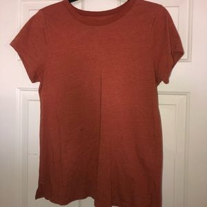 Sonoma rust fitted T-shirt size medium